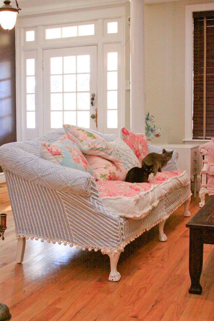 Best 20+ Shabby Chic Sofa Ideas On Pinterest | Shabby Chic Couch With Regard To Shabby Chic Sofa (Image 3 of 20)