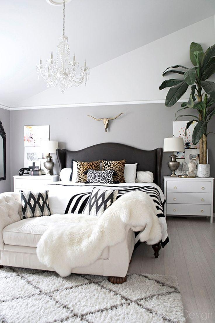 Best 25+ Bedroom Sofa Ideas Only On Pinterest | Cozy Reading Rooms Within Bedroom Sofa Chairs (View 2 of 20)
