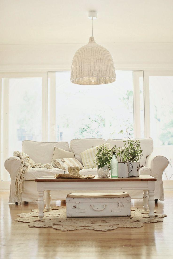 Best 25+ Cottage Style Furniture Ideas On Pinterest | Cottage Inside Country Cottage Sofas And Chairs (View 17 of 20)