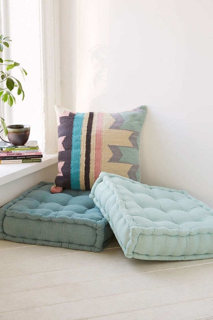 Best Big Floor Pillows : How To Decorate Room With Floor Pillow Custom Home Design