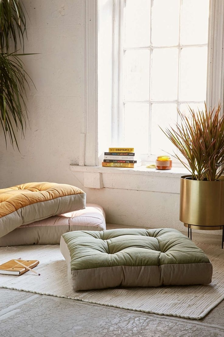 Best Big Floor Pillows : Living Room With Floor Pillows - [peenmedia.com]