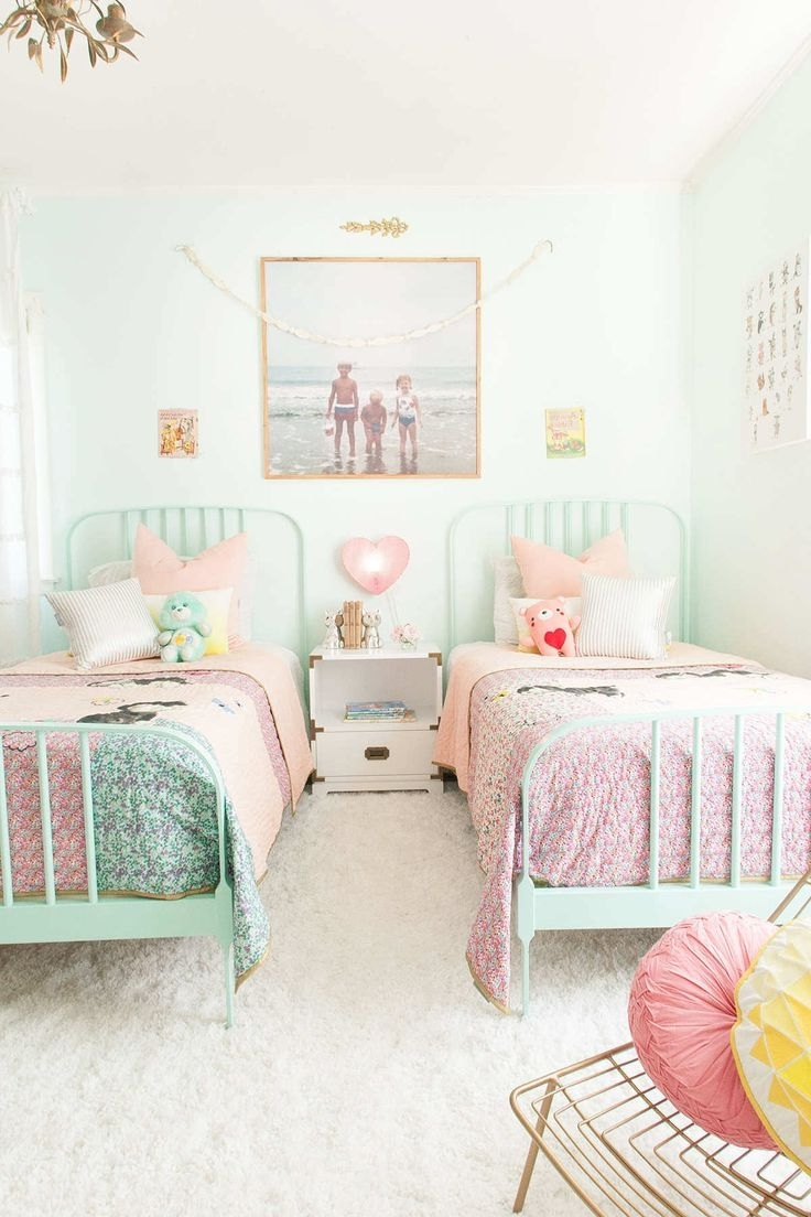 Featured Photo of How To Decorate A Girls Room