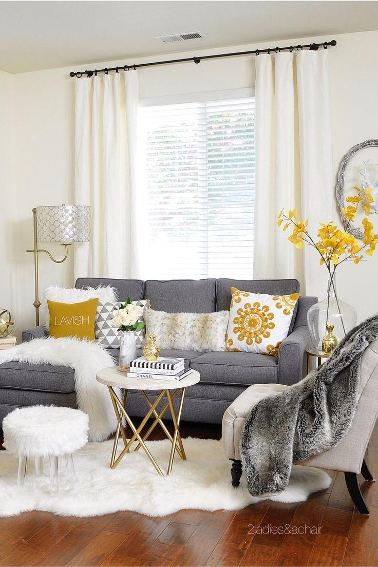 Best 25+ Sectional Sofa Layout Ideas Only On Pinterest | Family Within Decorating With A Sectional Sofa (View 4 of 15)