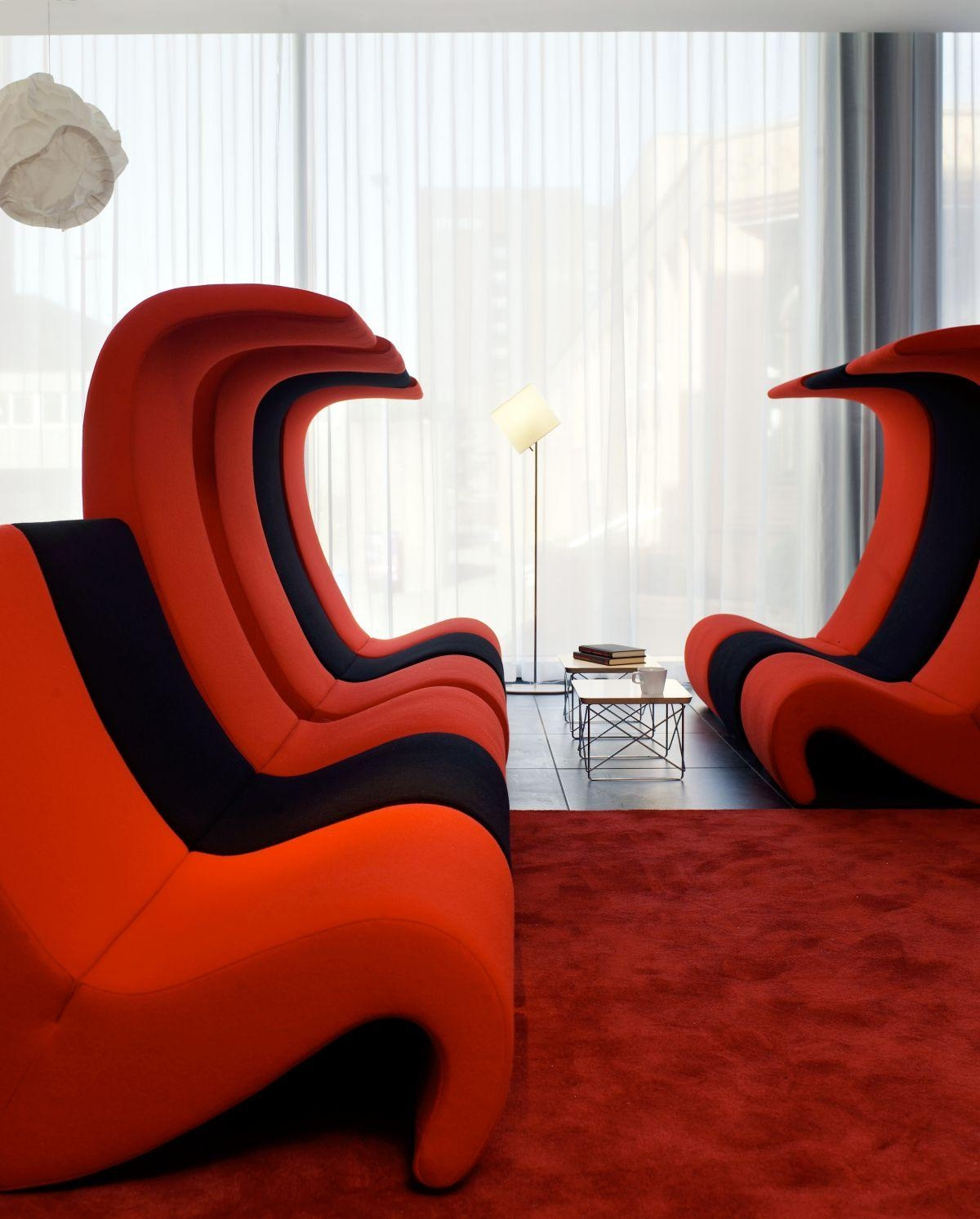 Best Bed Room Design, Modern Leather Sectional Sofa Modern In Contemporary Sofa Chairs (Image 5 of 20)