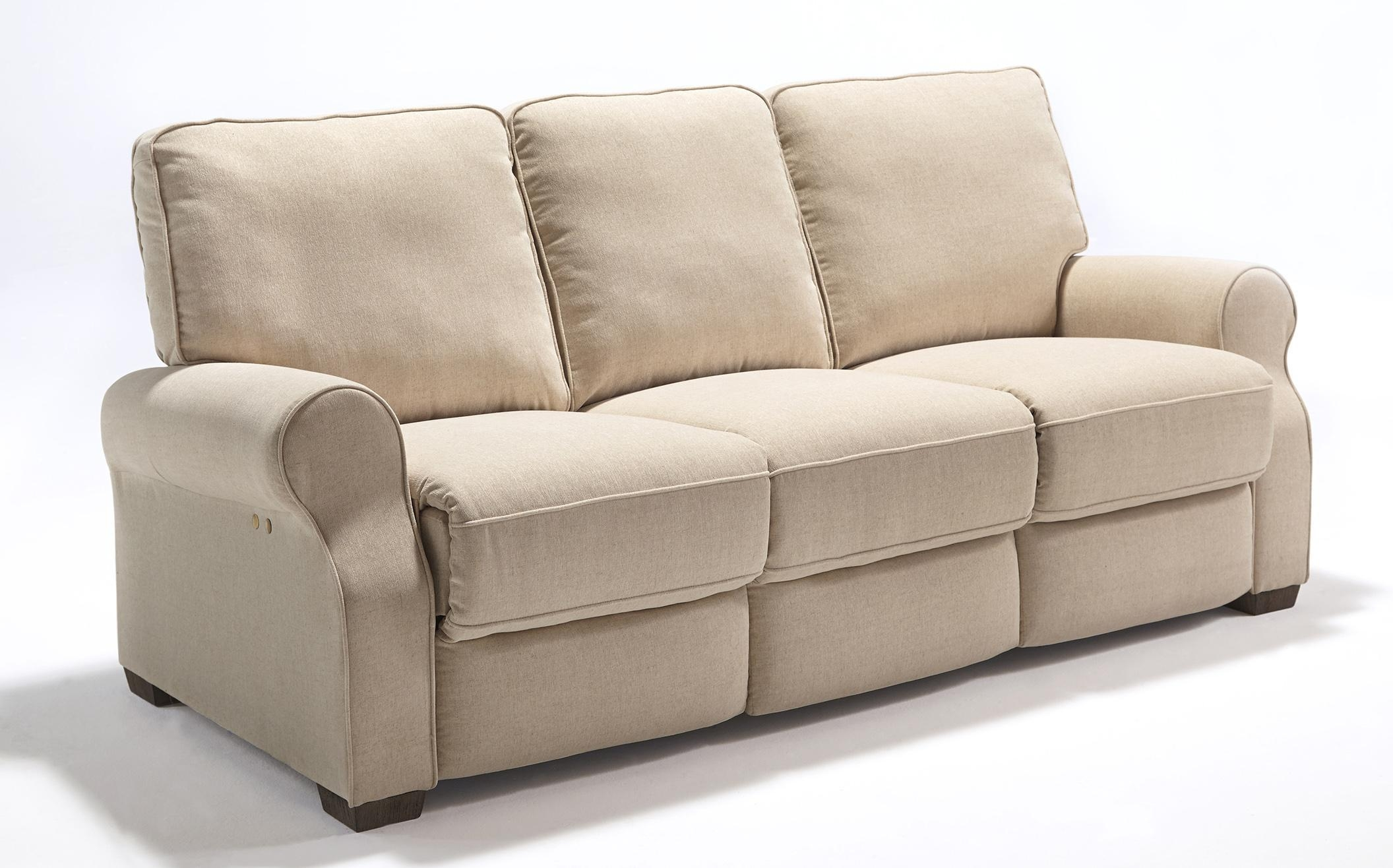 Best Home Furnishings Hattie Traditional Power Reclining Sofa With Within Recliner Sofa Chairs (Image 5 of 20)