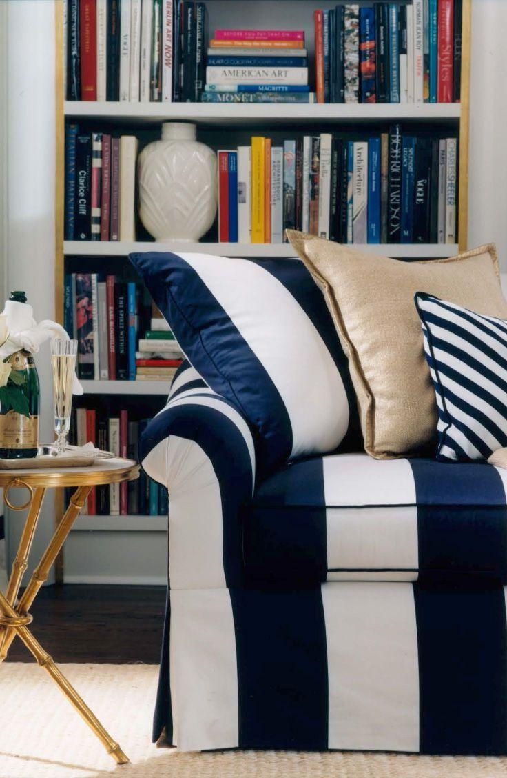 Blue And White Sofa | Sofa Gallery | Kengire Inside Blue And White Sofas (Image 5 of 20)