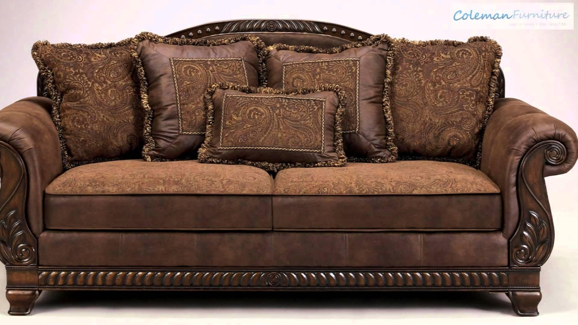 Featured Image of Bradington Truffle Sofas