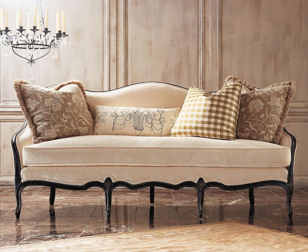 Camelback Sofa Slipcovers – Sofa A With Regard To Camelback Slipcovers (Image 1 of 20)