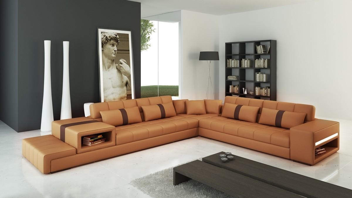 Casa 6141 Modern Camel And Brown Leather Sectional Sofa Throughout Camel Colored Sectional Sofa (View 6 of 15)
