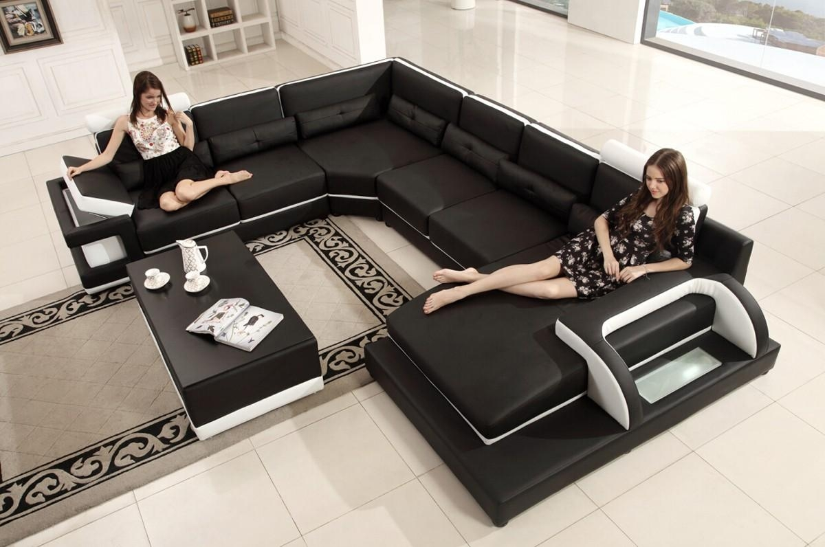 Casa T703 Modern Black & White Bonded Leather Sectional Sofa Intended For Black Modern Sectional Sofas (Image 7 of 20)