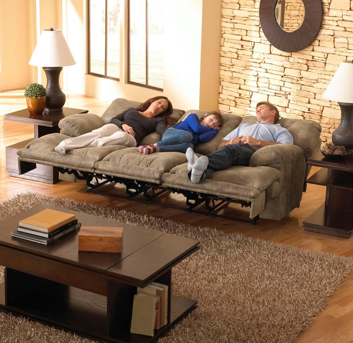 Catnapper Voyager Lay Flat Sofa With 3 Recliners And Drop Down Pertaining To Catnapper Sofas (View 6 of 20)