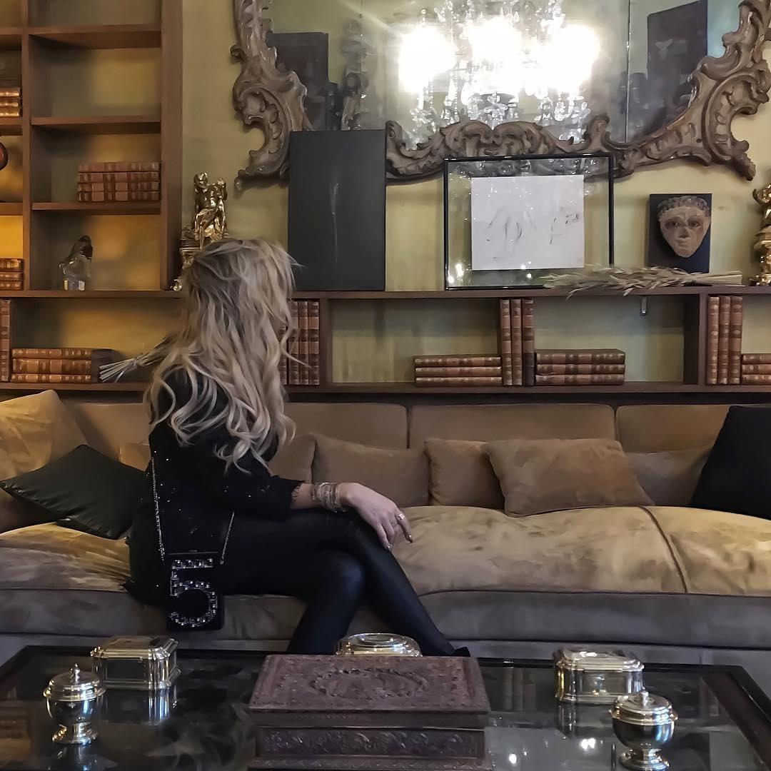 Coco Chanel Sofa | Sofa Gallery | Kengire In Coco Chanel Sofas (Image 5 of 20)