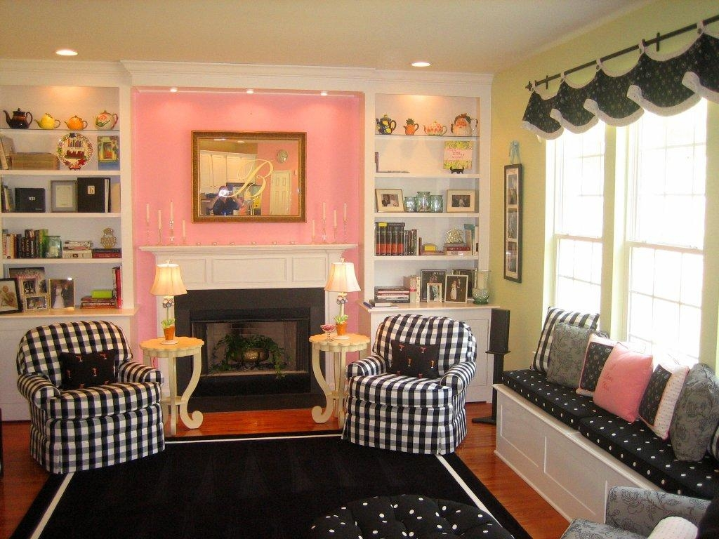 Color Options Of Buffalo Check Upholstery Fabric | Homesfeed Within Buffalo Check Sofas (View 16 of 20)