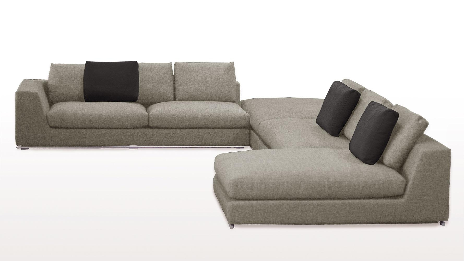 Comodo Sectional Sofa With Ottoman – Grey | Zuri Furniture Within Sofa With Chaise And Ottoman (View 4 of 20)