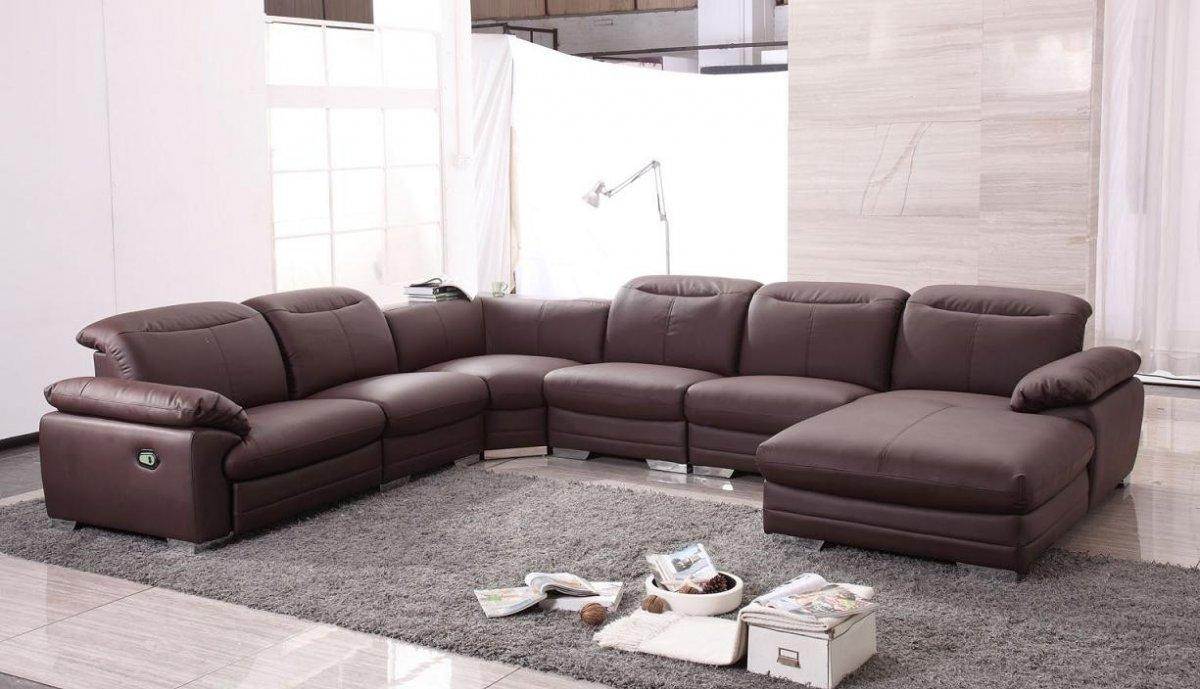 Contemporary Living Room With U Shaped Leather Modern Sectional For U Shaped Leather Sectional Sofa (Image 2 of 20)
