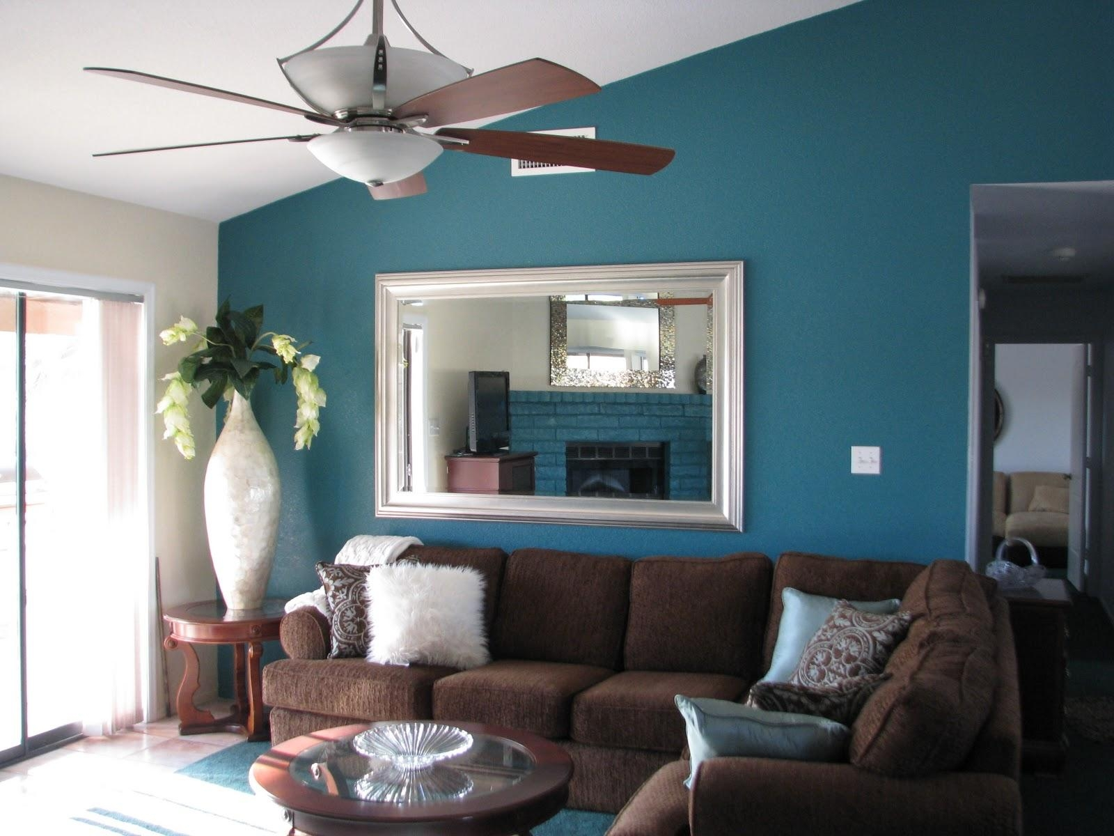 Cool 60+ Living Room Colors With Brown Couch Design Inspiration Of Throughout Brown Sofas Decorating (Image 7 of 20)
