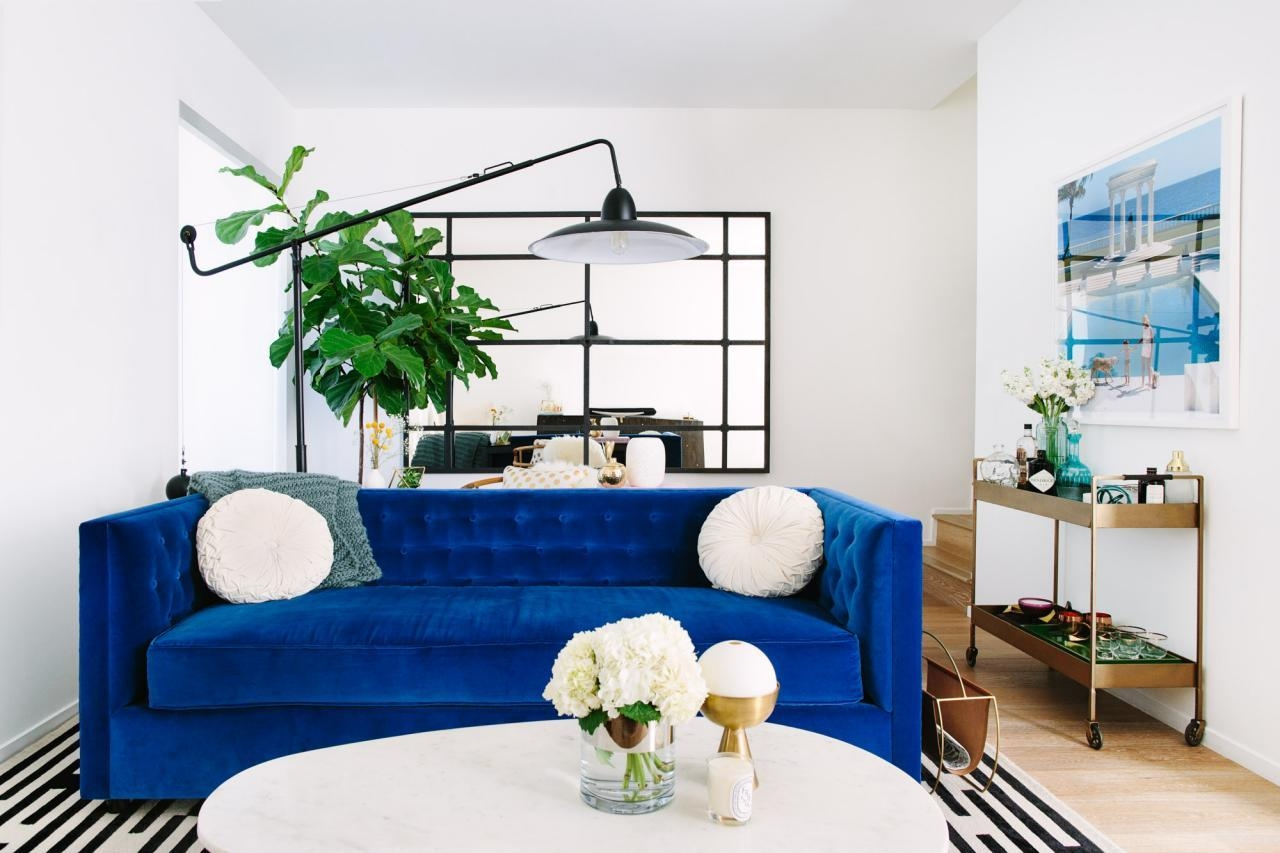 Cool Down Your Design With Blue Velvet Furniture | Hgtv's Inside Blue Velvet Tufted Sofas (Image 8 of 20)