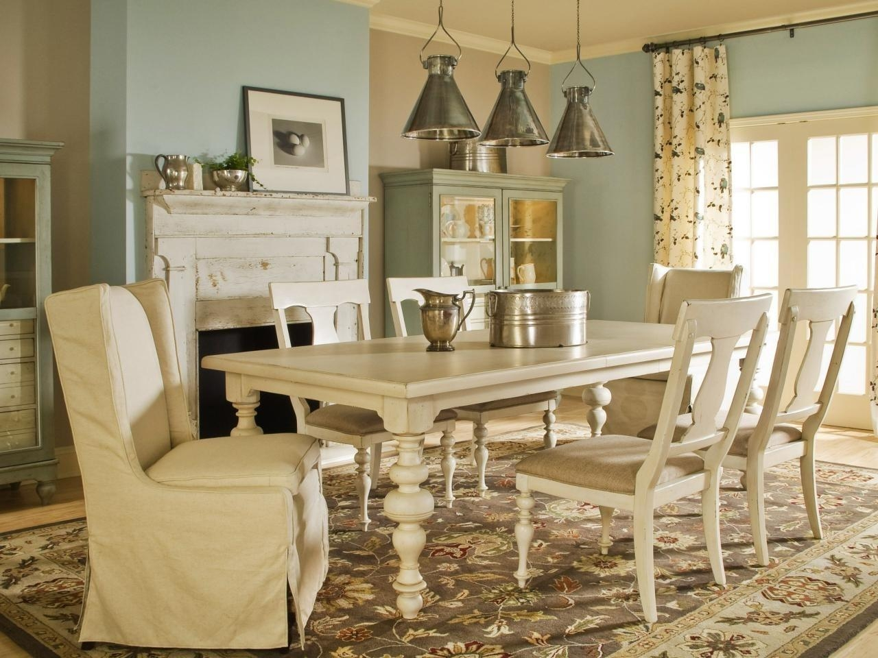 Cottage Style Chairs, Decorating Country Living Room Cottage In Regarding Country Cottage Sofas And Chairs (View 18 of 20)