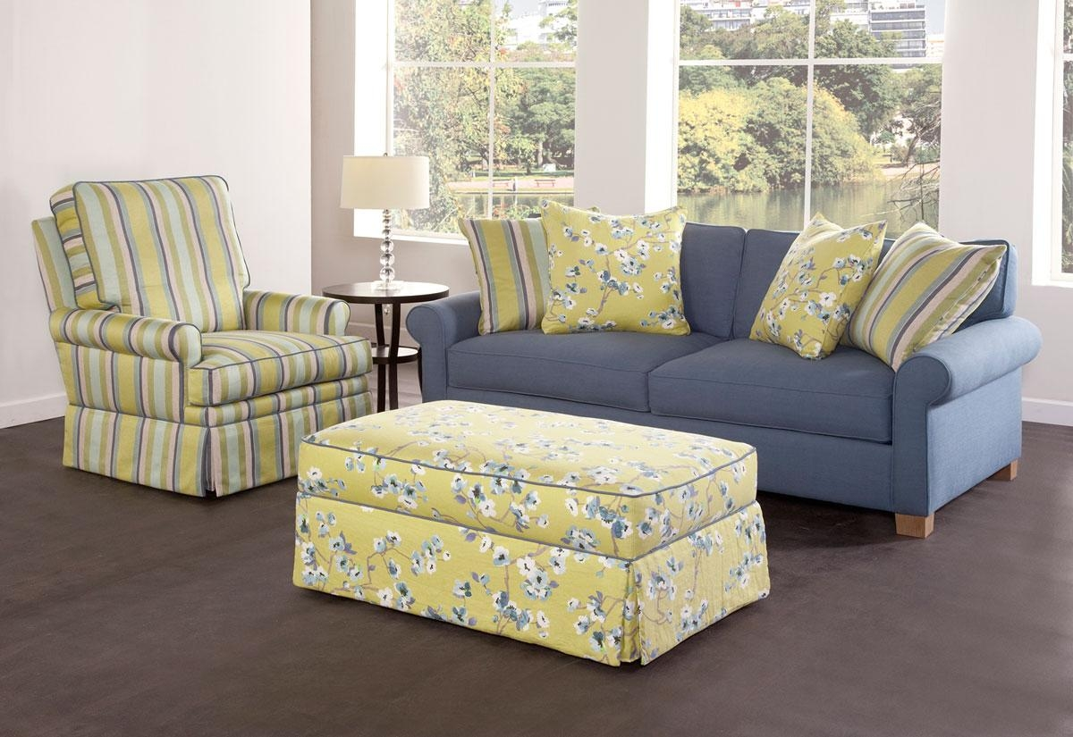 Cottage Style Seating | Cottage Home® In Slipcover Style Sofas (Image 2 of 20)