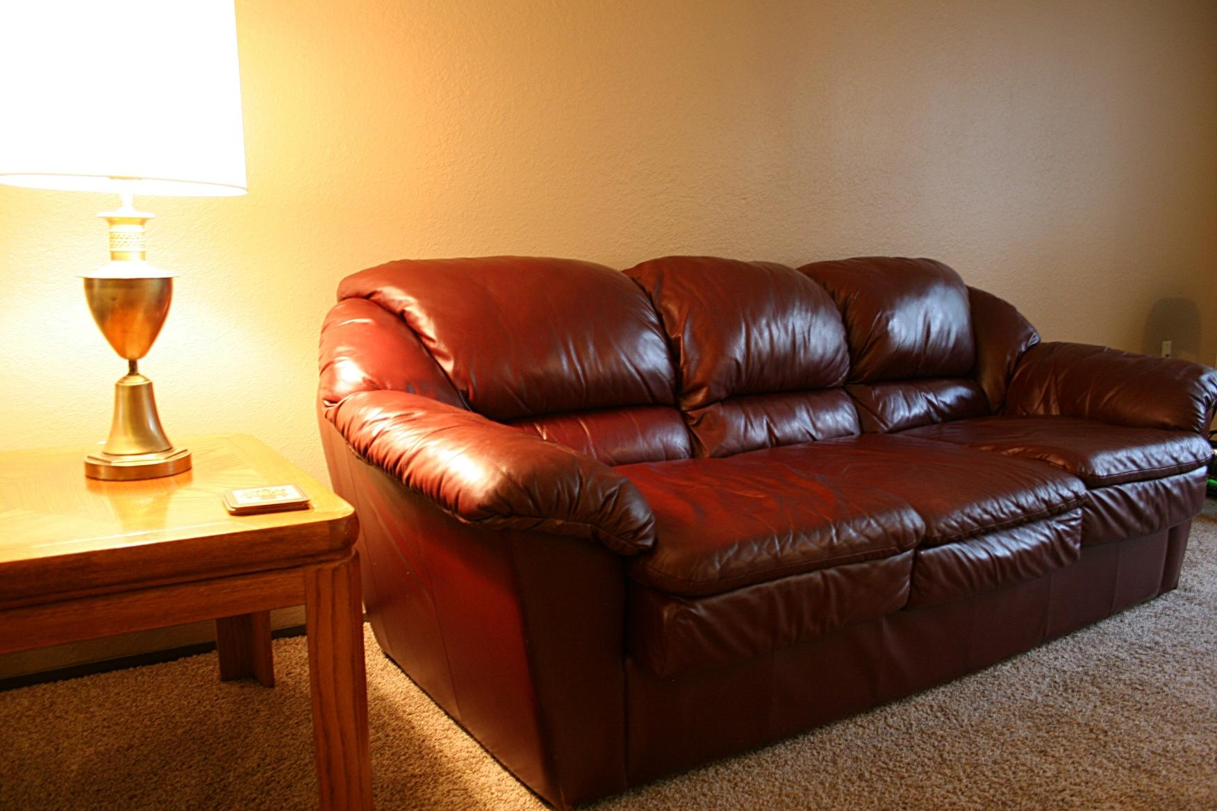 Craigslist Leather Sofa With Inspiration Hd Gallery 16884 Inside Craigslist Leather Sofa (Image 8 of 20)