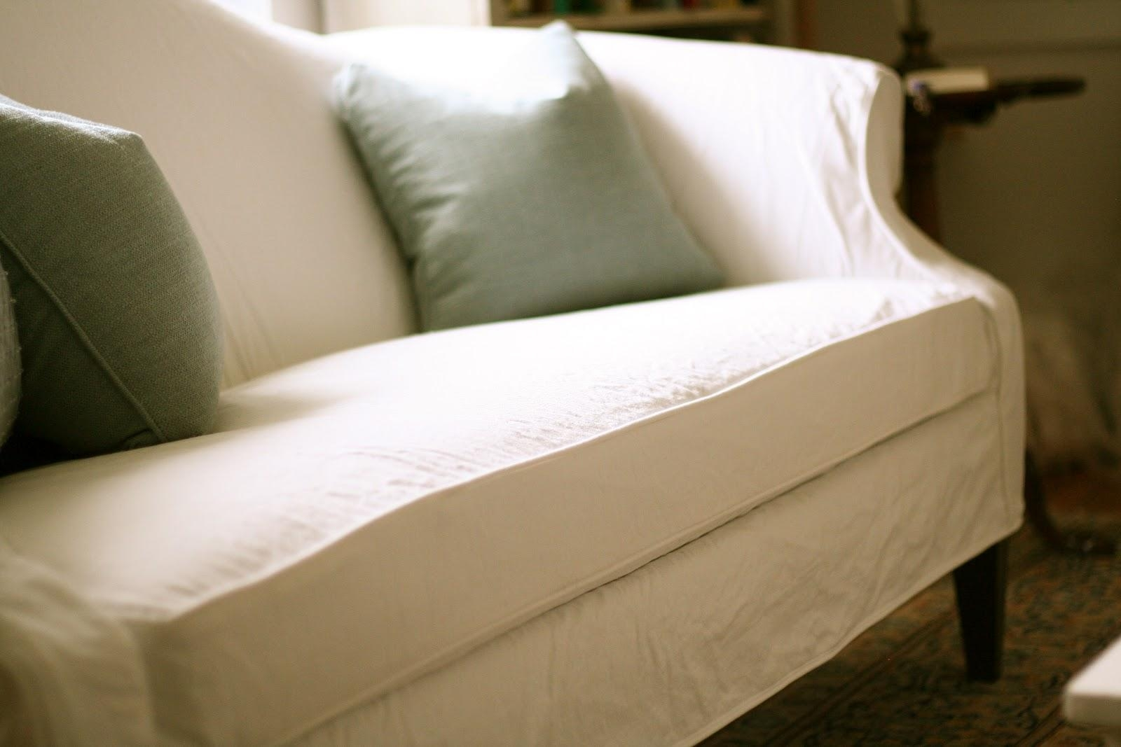 Custom Slipcoversshelley: White Camel Back Couch Intended For Camel Back Sofa Slipcovers (Image 7 of 20)