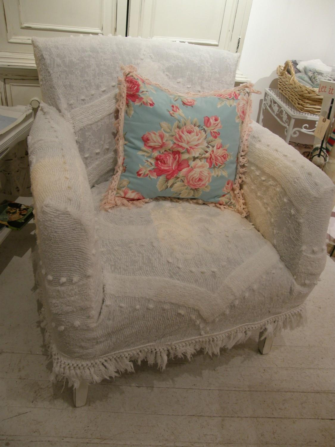 Decor: Lovely Shabby Chic Slipcovers For Enchanting Furniture Pertaining To Shabby Chic Slipcovers (Image 3 of 20)