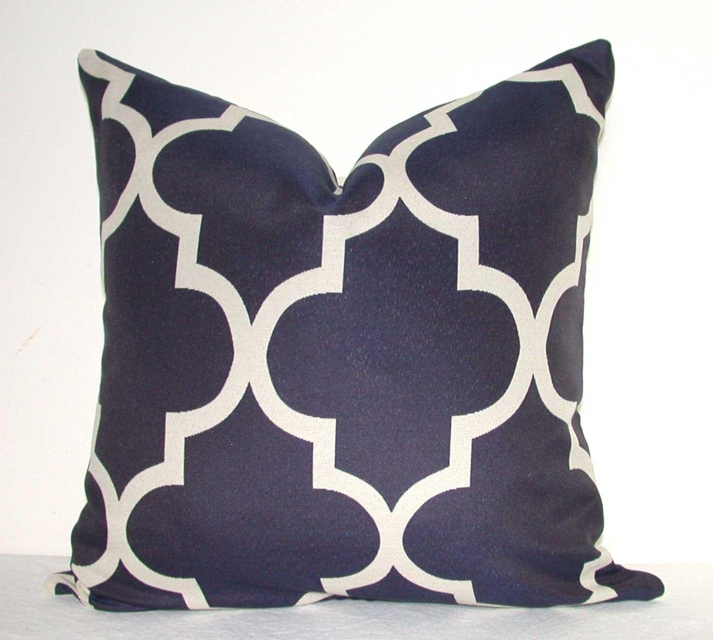 Decor: Oversized Throw Pillows | Throw Pillow Sets | Purple Throw Within Oversized Sofa Pillows (Image 9 of 20)
