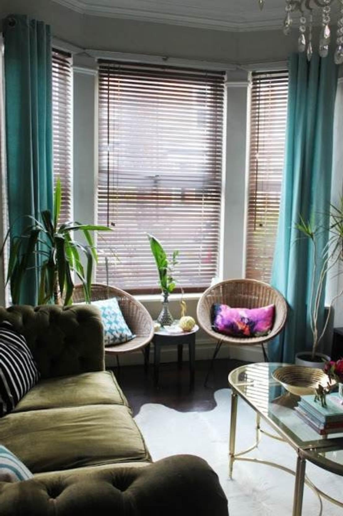 Decorate & Design : Curtains For Bay Windows Drapes Window Ideas Throughout Bay Window Sofas (Image 10 of 20)
