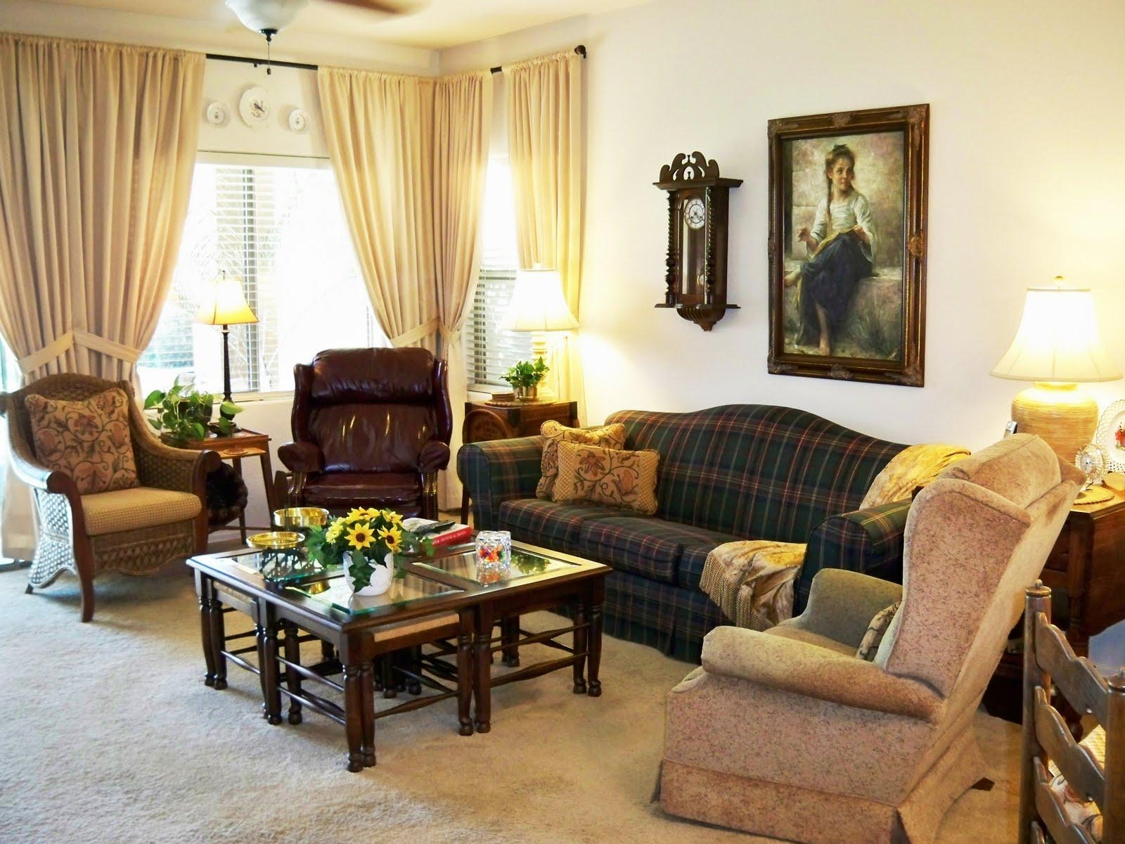 Decorating Ideas For Living Rooms With Beige Leather Furniture Intended For Black Sofas Decors (View 12 of 20)