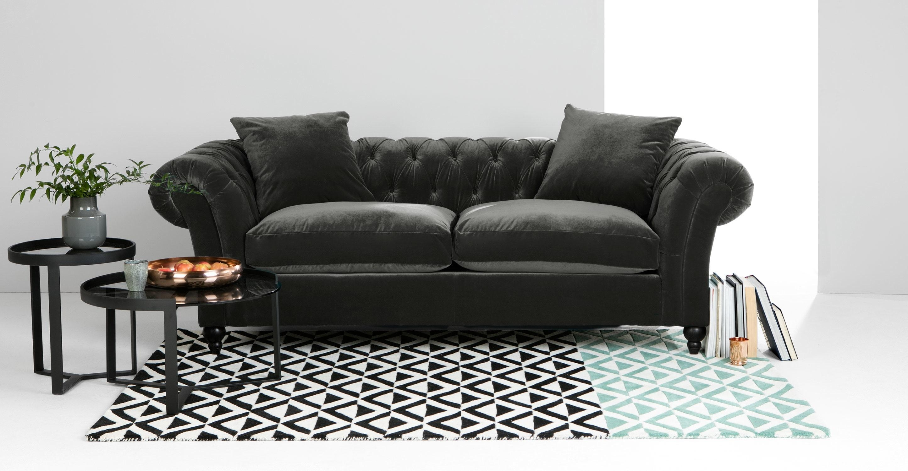 Delighful Grey Velvet Chesterfield Sofa Throughout Ideas For Purple Chesterfield Sofas (Image 6 of 20)