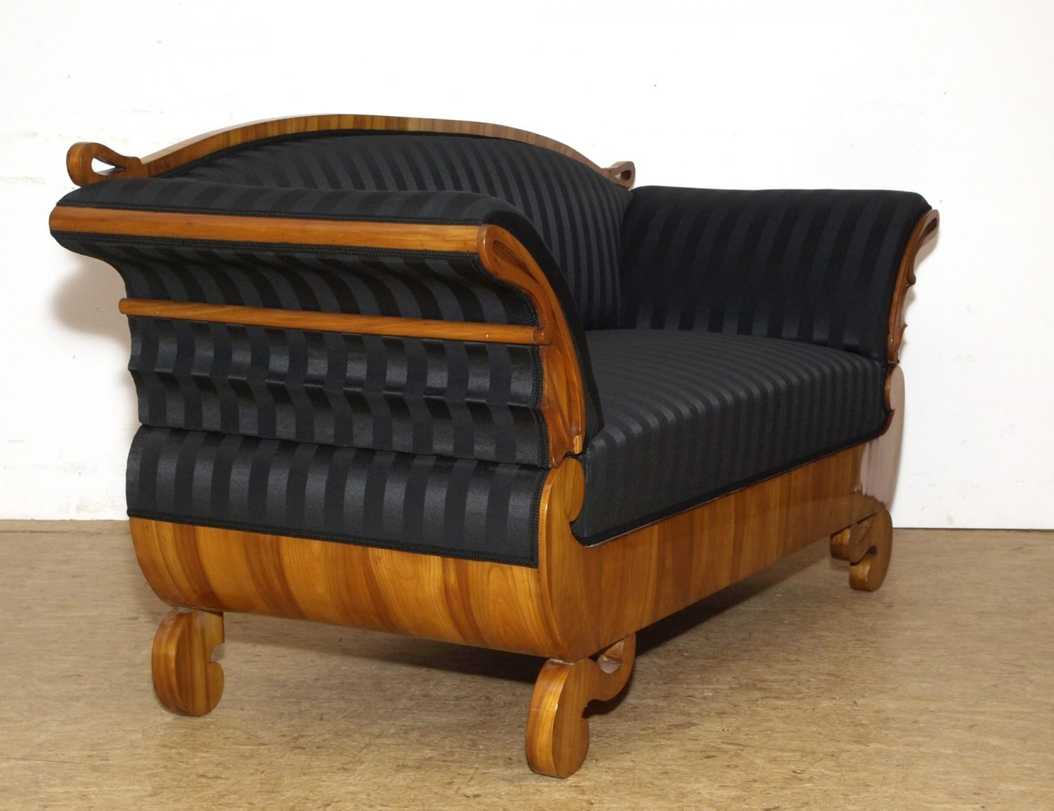 Elegantes Biedermeier Sofa Aus Kirschbaum – Furthof For Biedermeier Sofas (Image 15 of 20)
