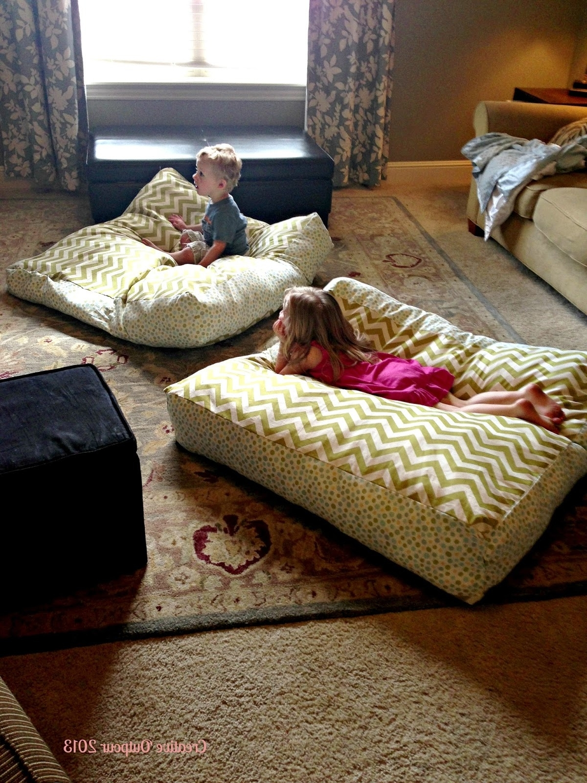 How To Make Extra Large Floor Pillows : How To Decorate Room With Floor Pillow Custom Home Design