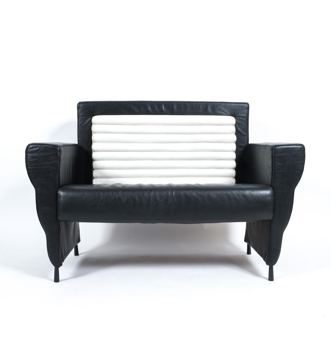 Flessuosa Series Black & White Leather Sofaugo La Pietra For In Black And White Leather Sofas (Image 13 of 20)