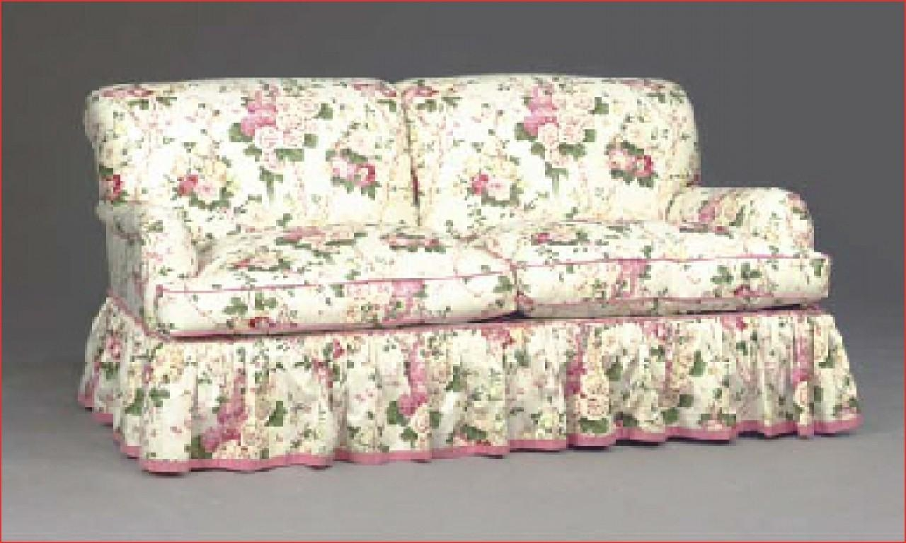 Chintz sofa fl print sofa trend for spring 2017 ideal home for Chintz couch