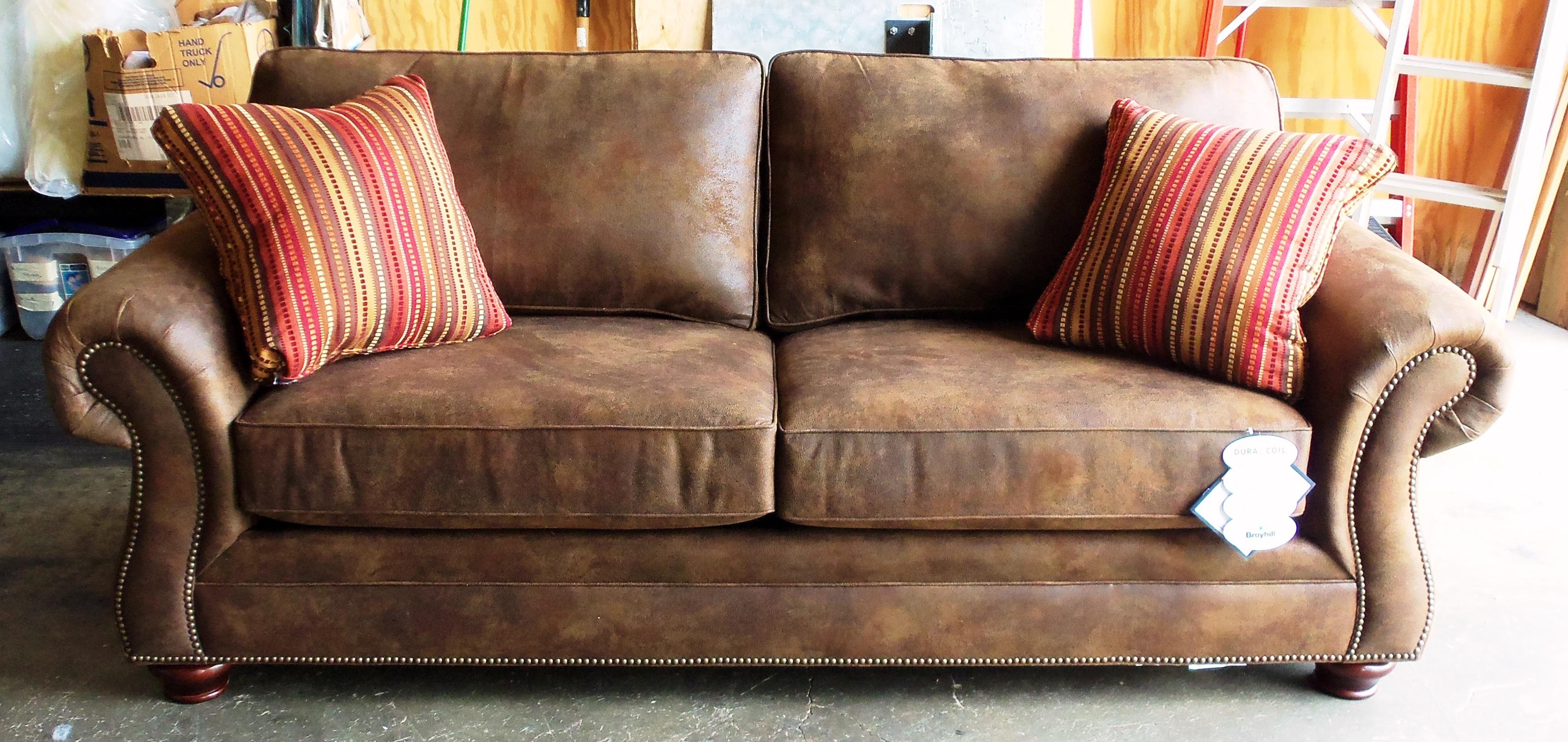 Furniture: Broyhill Leather Sofa | Broyhill Sofas | Broyhill Ava Sofa Throughout Bomber Leather Sofas (Image 7 of 20)