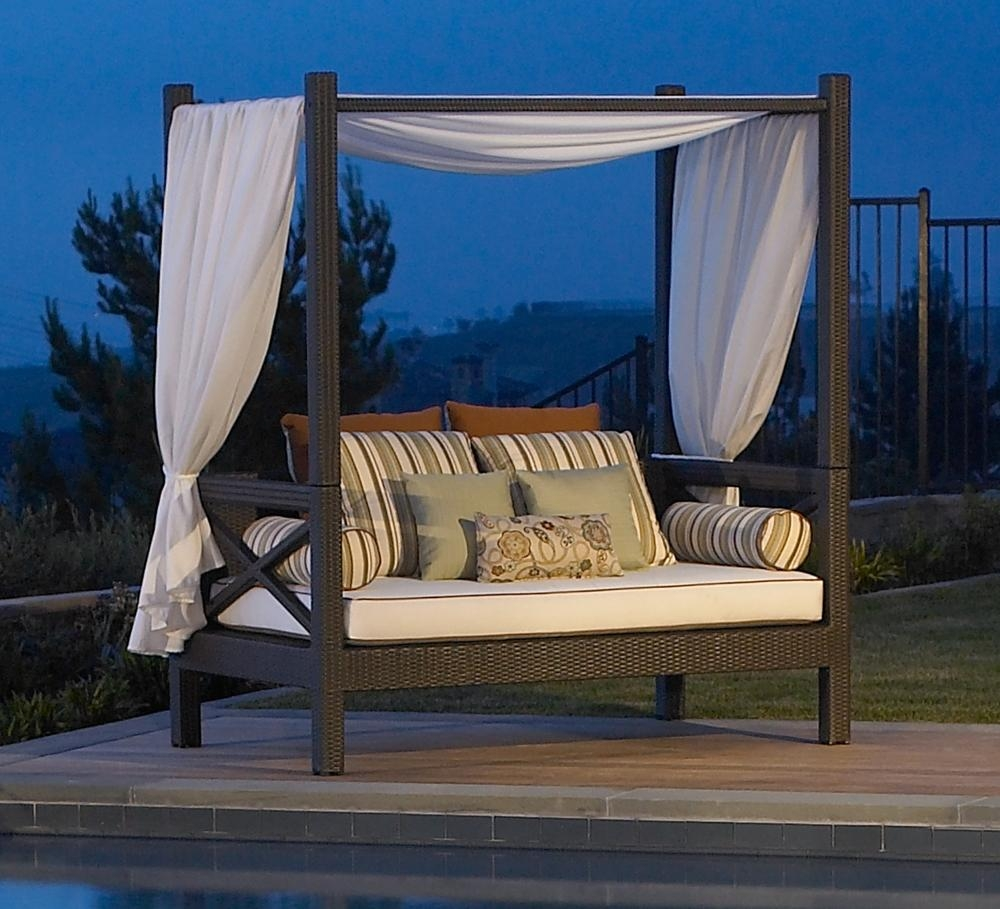 Furniture: Canopy Daybed | Outdoor Daybed With Canopy | Wicker Intended For Outdoor Sofas With Canopy (View 3 of 20)