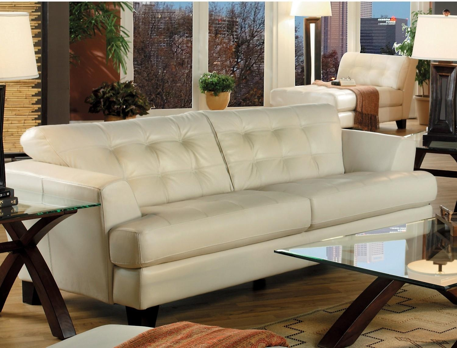 Featured Image of Cindy Crawford Sofas