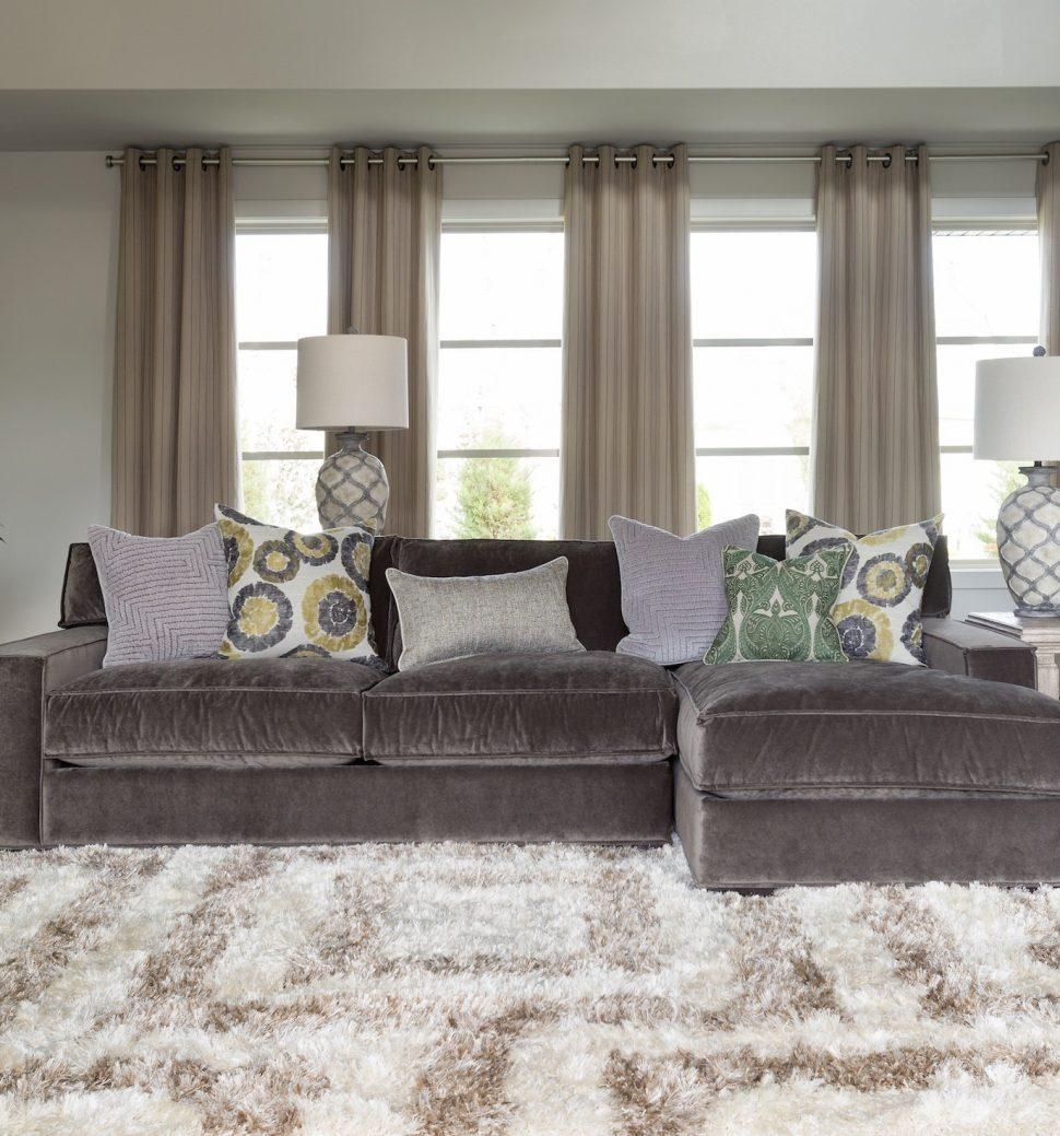 Furniture: Classic And Traditional Style Velvet Sectional Sofa For For Velvet Sofas Sectionals (Photo 6 of 20)