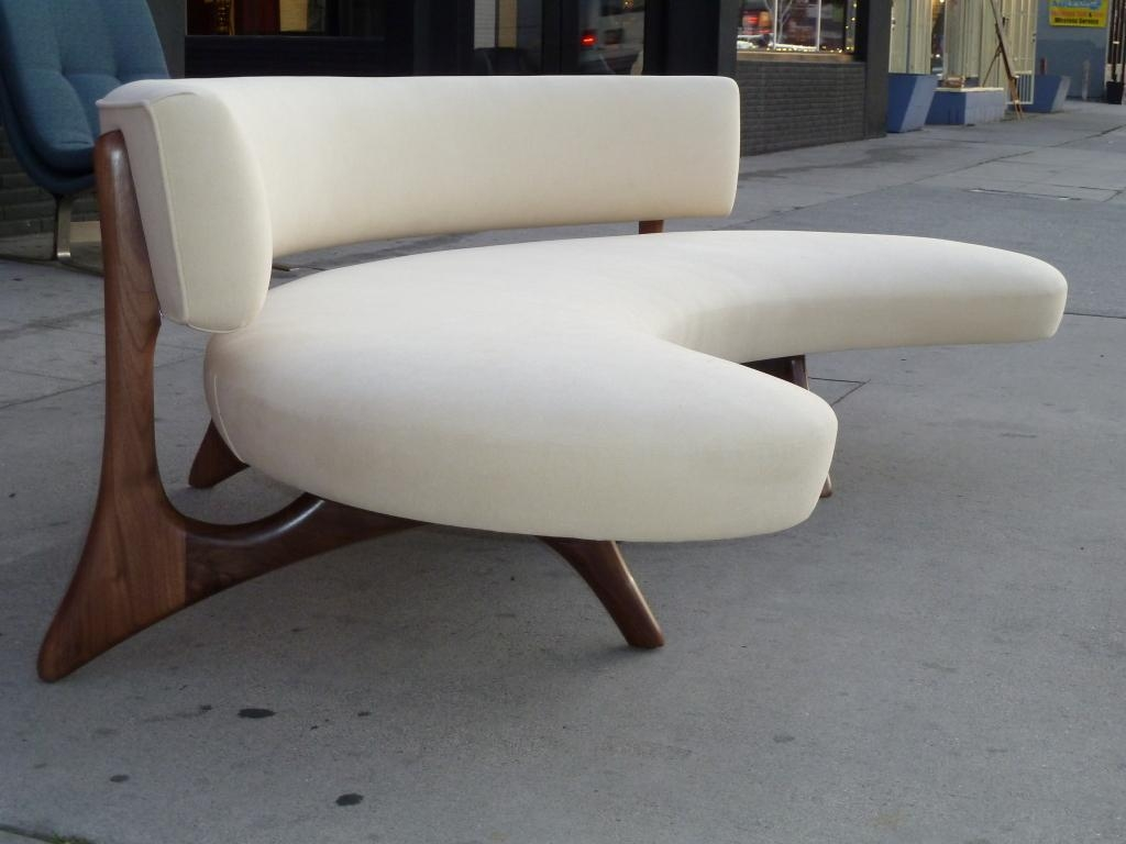 Furniture: Create Your Comfortable Living Room Decor With Round With Rounded Sofa (View 12 of 20)