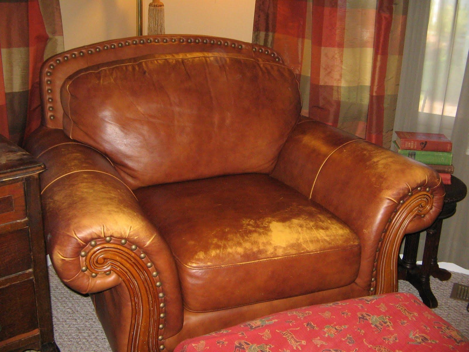 Furniture: Fabulous Chesterfield Sofa Craigslist Furniture For With Craigslist Leather Sofa (View 19 of 20)