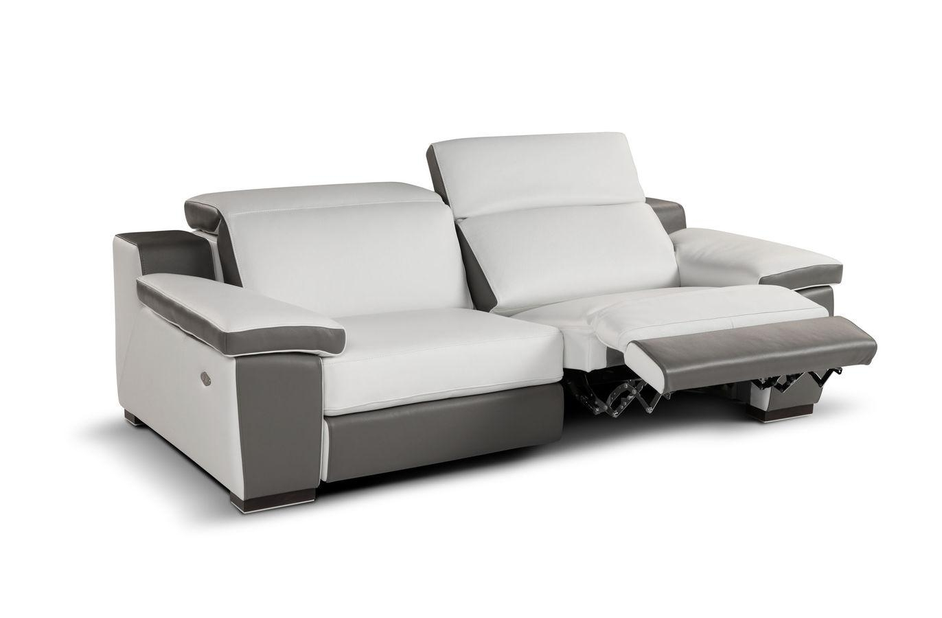Furniture: Green Modern Leather Recliner With Contemporary Throughout Modern Reclining Leather Sofas (View 9 of 20)
