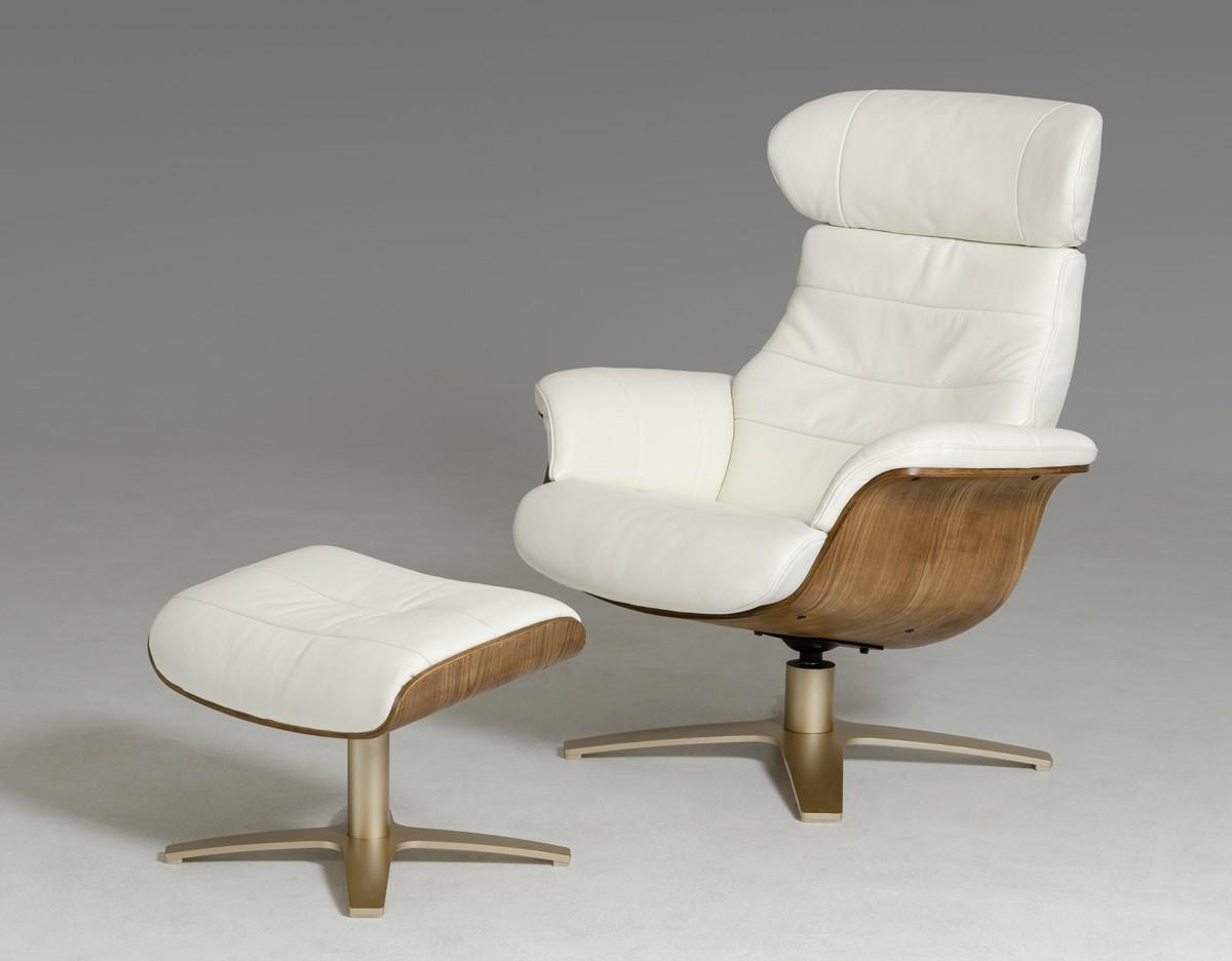 Furniture: Green Modern Leather Recliner With Contemporary Within Modern Reclining Leather Sofas (Image 7 of 20)