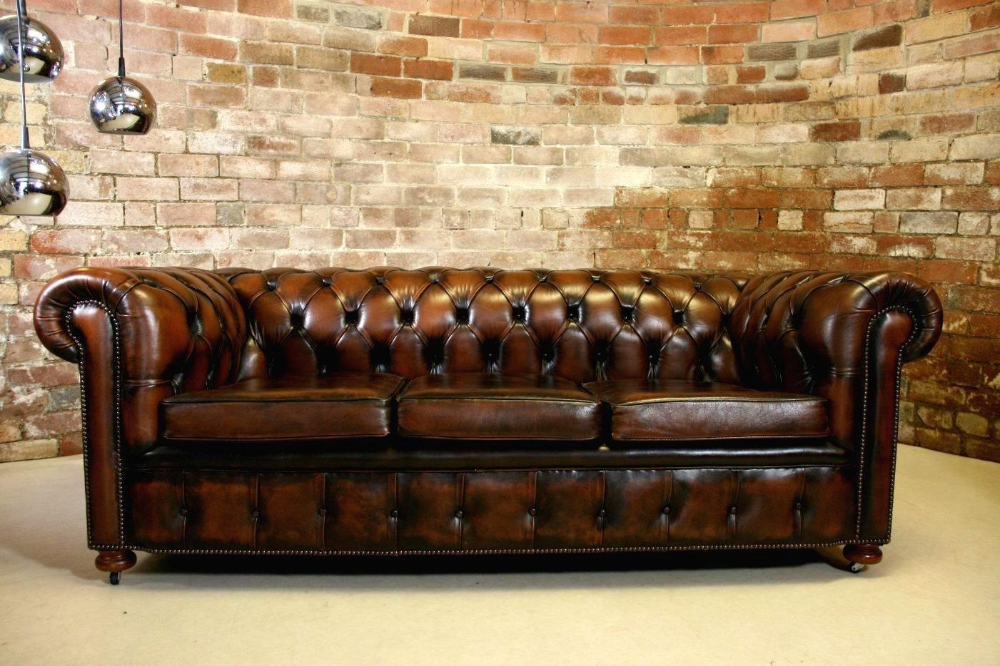 Furniture: Have A Luxury Living Room With The Elegant Chesterfield With Vintage Chesterfield Sofas (Image 1 of 20)