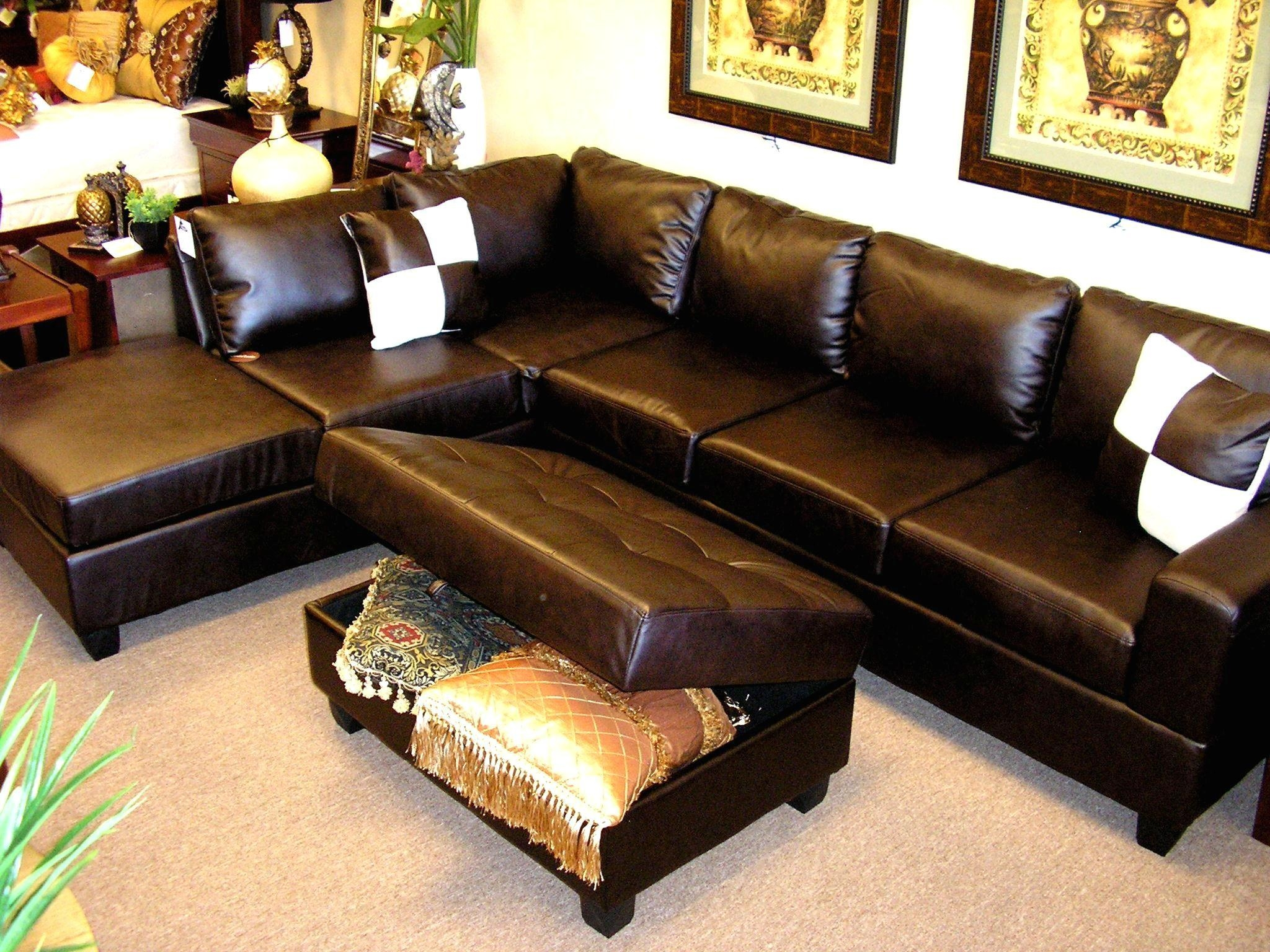 Furniture: Interesting Living Room Interior Using Large Sectional Inside Sectional Sofa With Oversized Ottoman (Image 5 of 20)