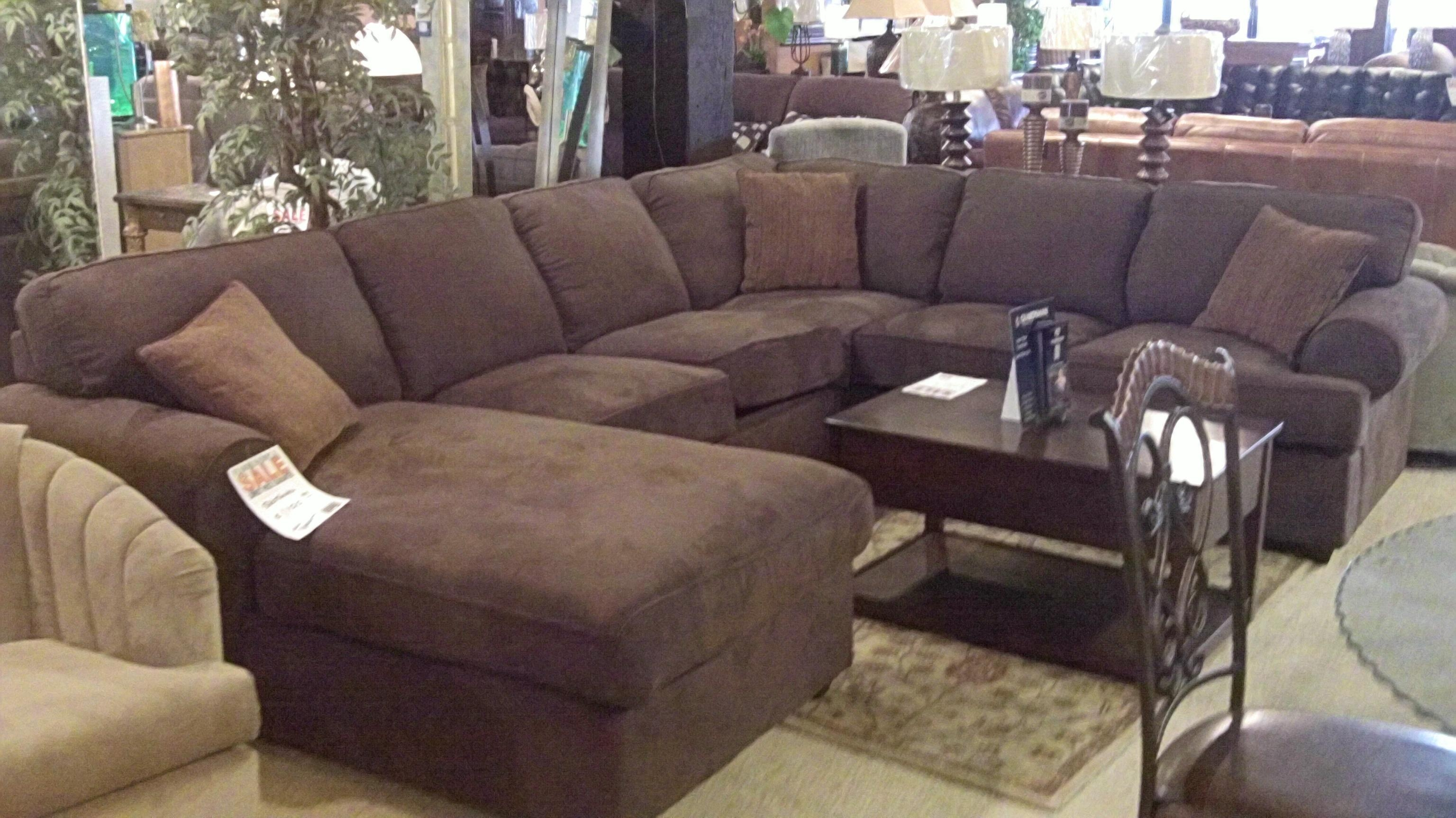 Furniture: Interesting Living Room Interior Using Large Sectional Regarding Green Sectional Sofa With Chaise (View 10 of 15)
