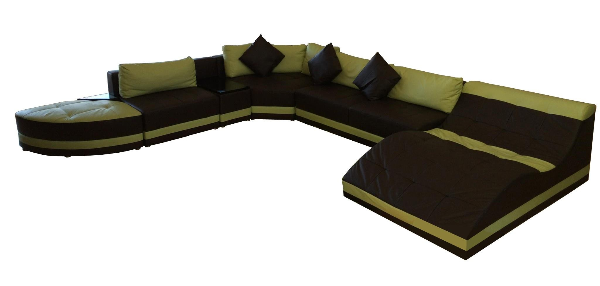 Furniture: Interesting Living Room Interior Using Large Sectional With Sectional Sofa With Oversized Ottoman (Image 7 of 20)
