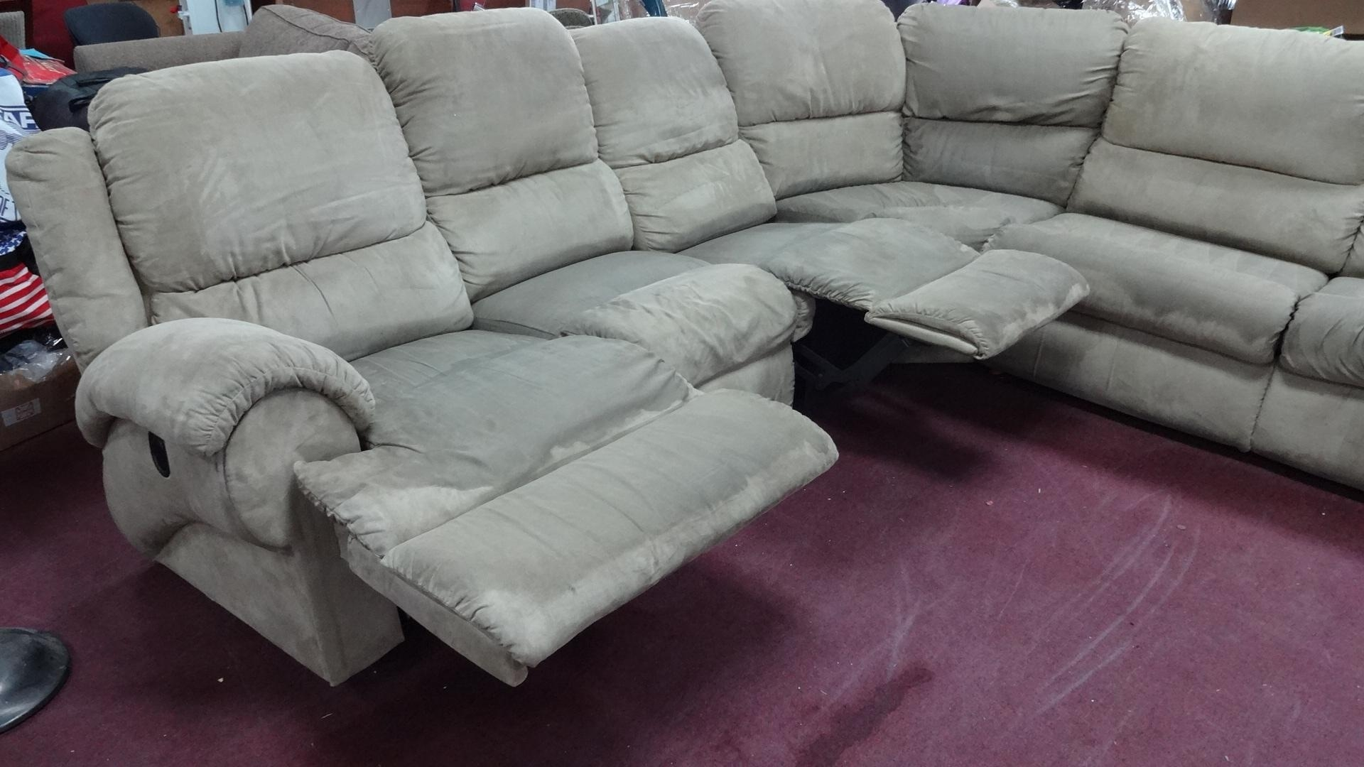 Furniture: Lazyboy Sectional With Cool Various Designs And Colors Throughout Lazyboy Sectional Sofa (Image 5 of 20)