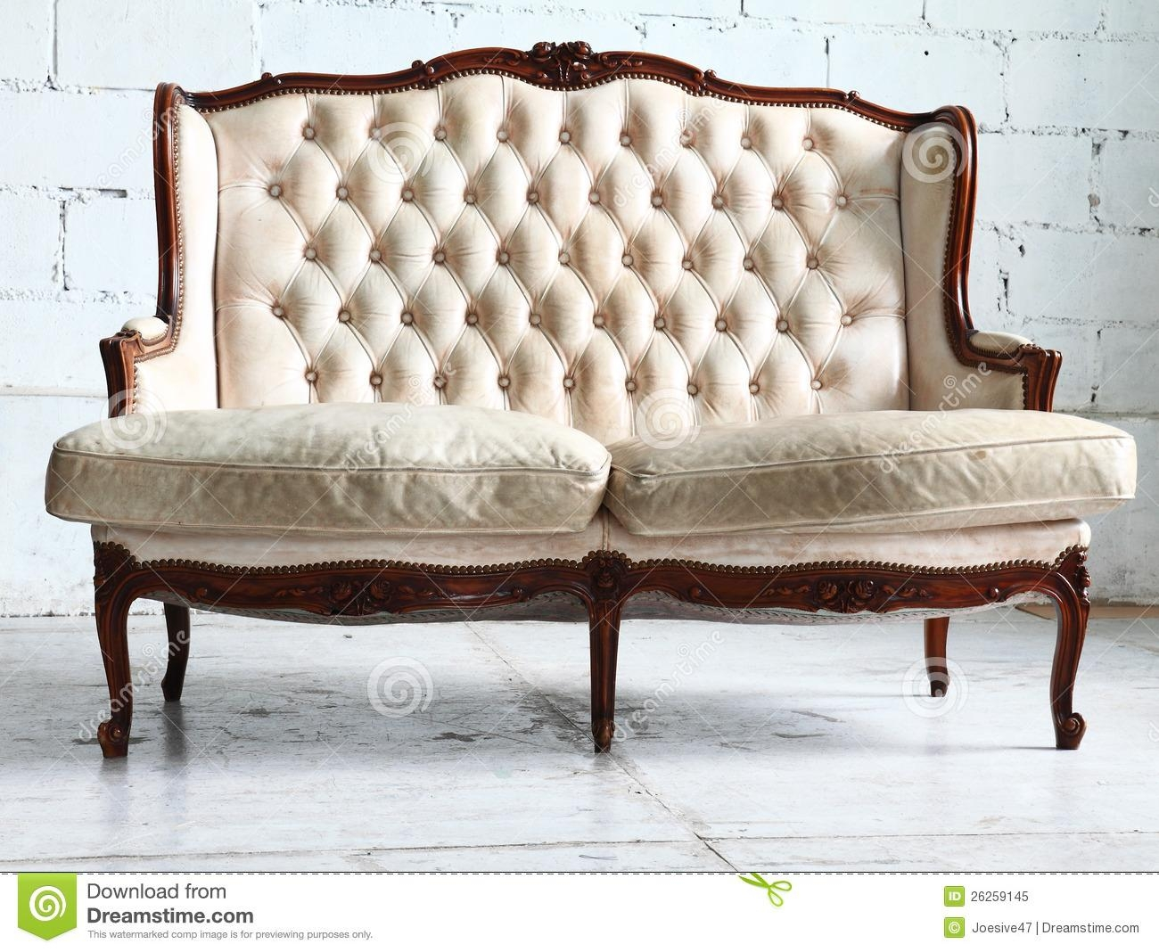 Furniture: Victorian Couches For Luxury Crown Sofas Design Ideas In Old Fashioned Sofas (View 14 of 20)