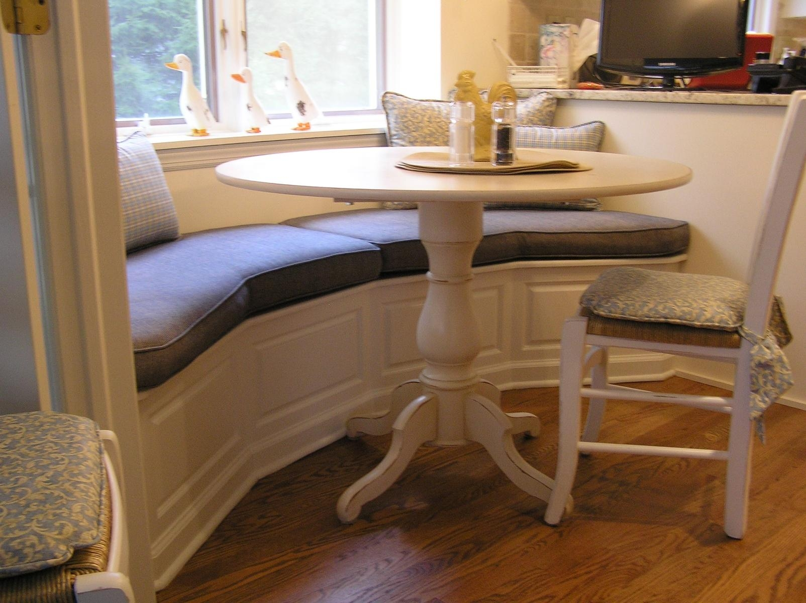 Furniture: Wonderful Banquette Bench For Home Furniture Ideas Intended For Dining Room Bench Sofas (Image 16 of 20)