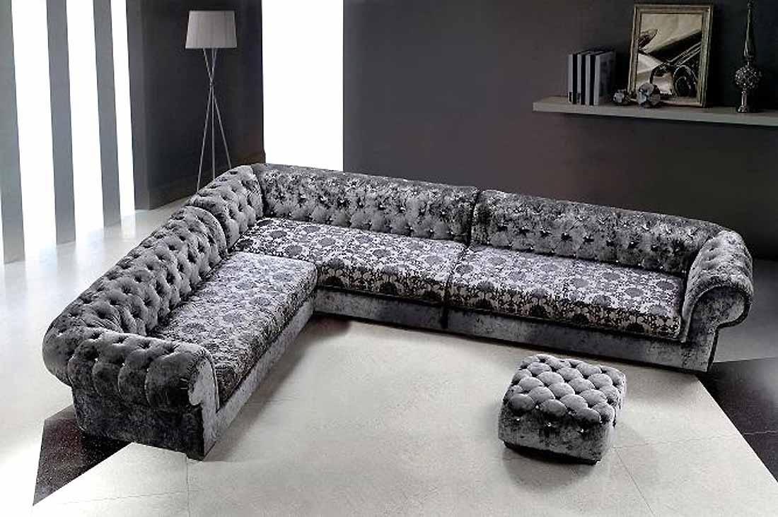 Featured Image of Gothic Sofas